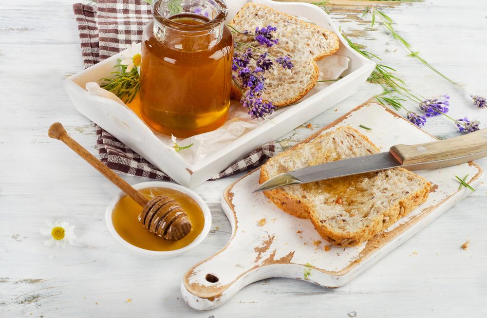 мед улучшает пищеварение