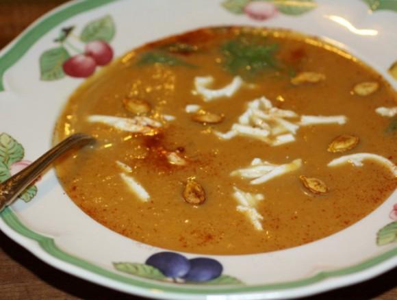 Суп из тыквы, фенхеля и груши