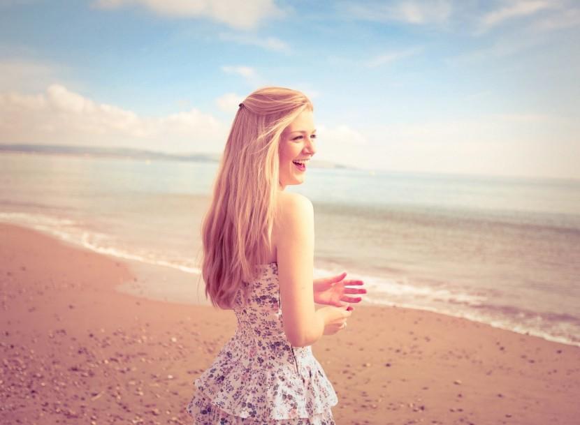 Нейробиолог Ризолатти: «Если вы видите счастливого человека, то мозг командует: поднять настроение!»
