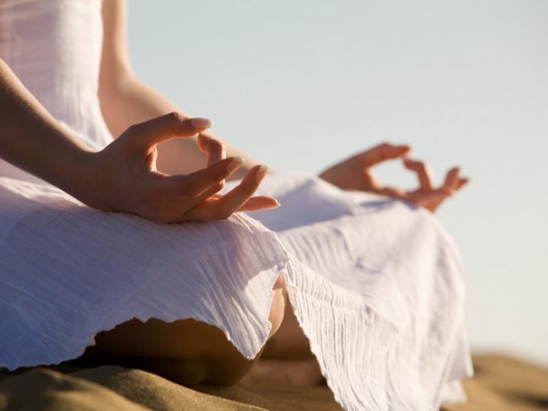Мудры. Древняя исцеляющая практика Йоги