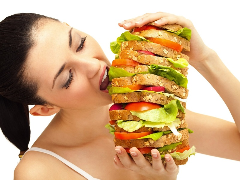 Чем вредно переедание и как его не допустить