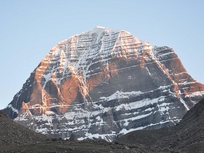 Гора Кайлас — одно из загадочных мест в мире