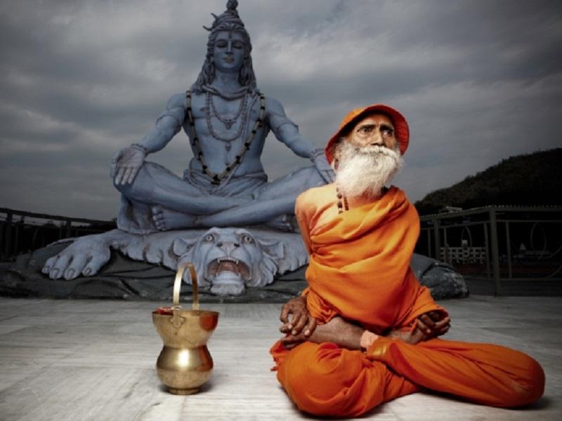Свами Йогананда: 104-летний индийский учитель йоги вечно молод
