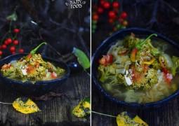 Капустный суп с баклажаном и соленым огурцом