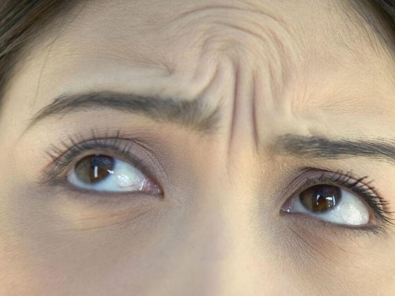9 привычек, провоцирующих появление преждевременных морщин