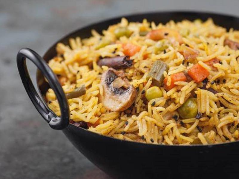 Жареный индийский рис