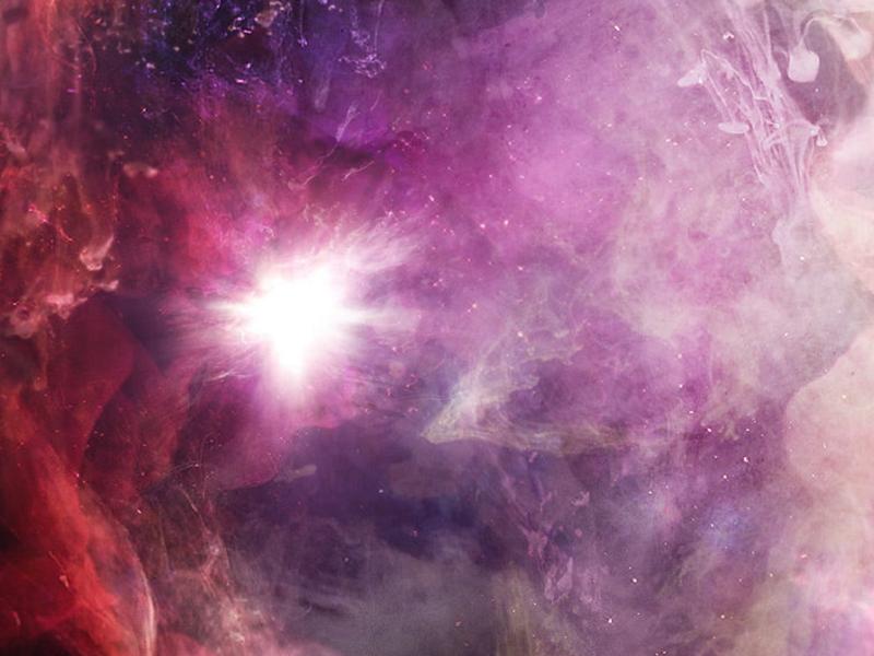 NOVAE — An aestethic vision of a supernova