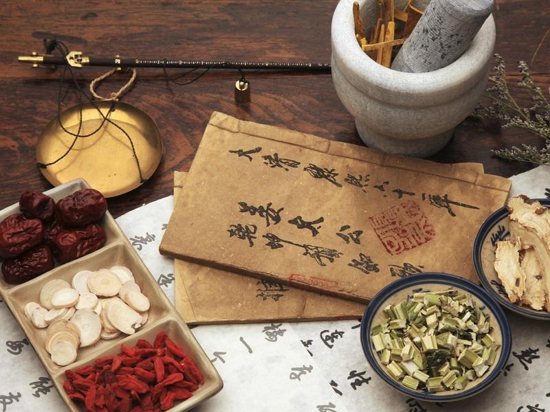 Профессор медицины из Лхасы Трору Ценам: «В тибетской медицине одних только трав используется более 3000 наименований»