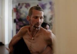 Лечение зависимостей йогой: наркоманы становятся аштангистами