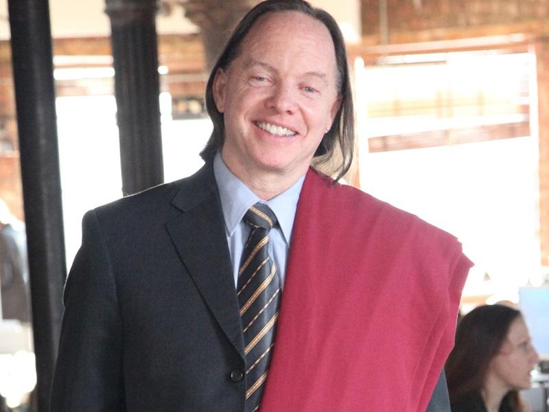 Интервью с геше Майклом Роучем: «Алмазный бизнес и буддийское монашество»