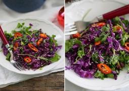 Салат с красной капустой, чили кинзой и медовой заправкой