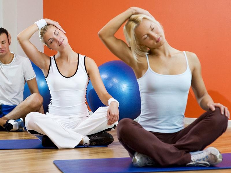 9 упражнений из восточной медицины для снятия боли в шее
