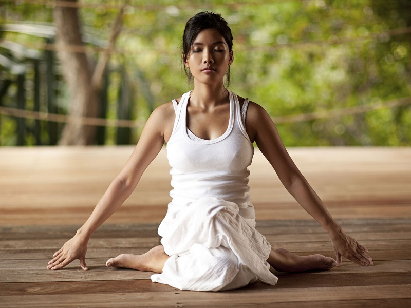 Как йога делает женщину красивой