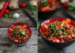 Чечевица с чили, имбирем и томатами