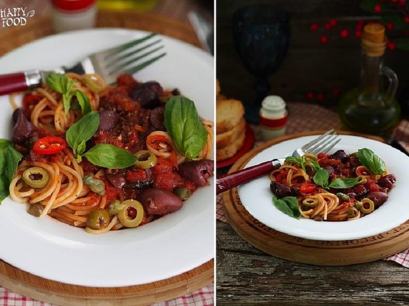 Паста с томатами, оливками, каперсами и базиликом