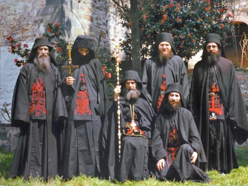 Почему афонские монахи никогда не болеют раком и долго живут?
