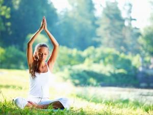 6 поз йоги для энергии и креативности