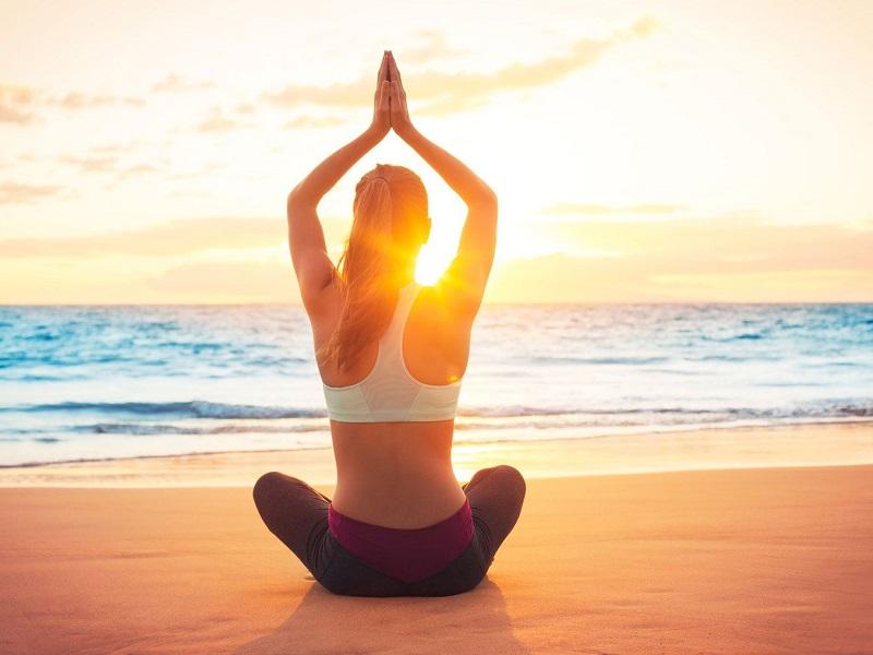 Лечим недомогания йогическими техниками