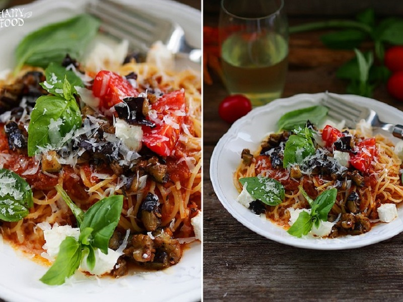 Паста с томатным соусом, баклажанами и фетой