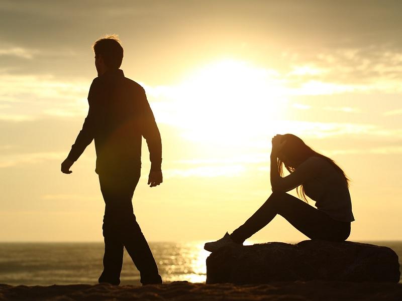 Некоторым людям суждено быть временными в нашей жизни, и это нормально