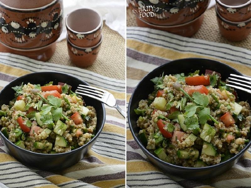 Салат с булгуром, кинзой и пряной заправкой