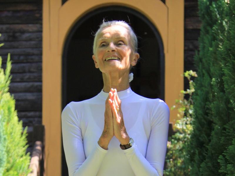 Натали Дроэн — В 86 лет я сохранила свое тело живым