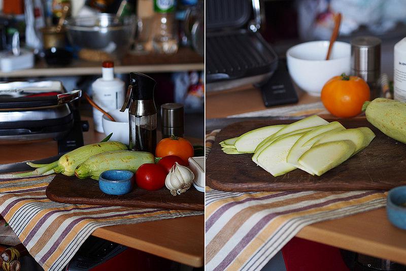 Ruletiki iz kabachkov gril' s syrom i tomatami_1