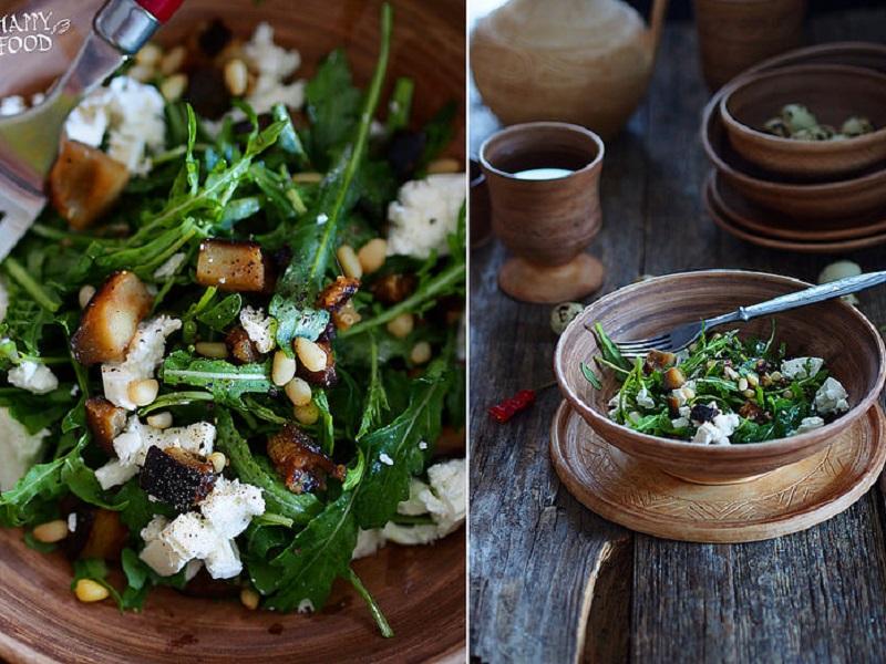 Простой салат с баклажаном, фетой и рукколой