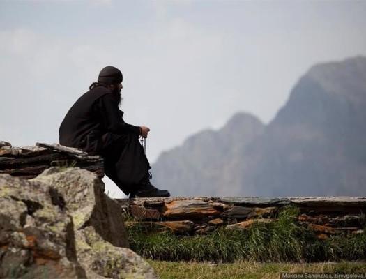 Непрестанная молитва: недопустимые и правильные практики