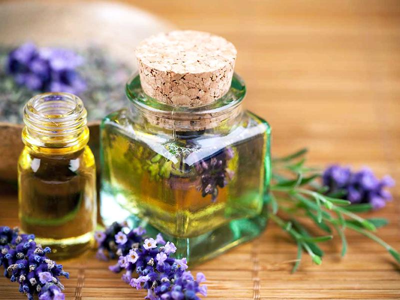 Чудодейственные эфирные масла при головных болях переутомлении и стрессе