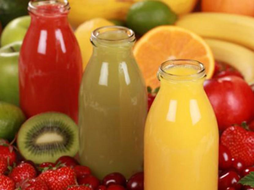 Почему Аюрведа не рекомендует употреблять фруктовые соки во время еды