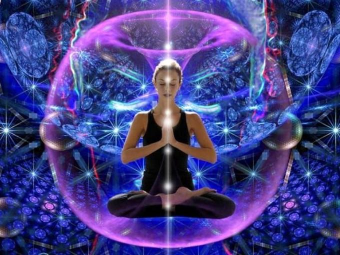 Аура — энергетическое поле, которое влияет на ваши эмоции, может помочь обнаружить болезни