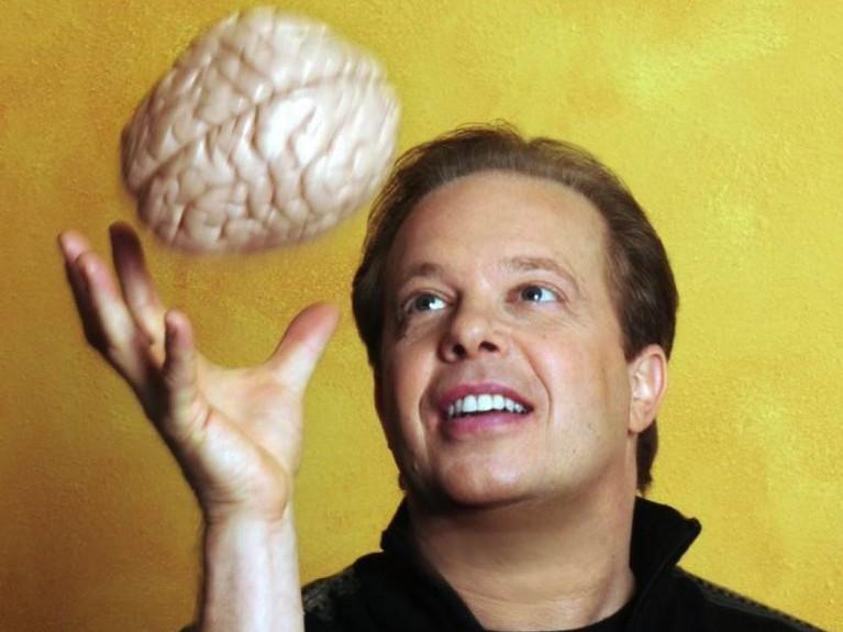 Нейробиолог о способности людей самоисцеляться: «То, что раньше считалось чудом, сейчас уже — норма»