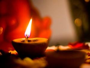 Лама Йонге Мингьюр Ринпоче Счастье живет в каждом из нас