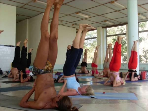 8-Асаны йоги на 7 чакр